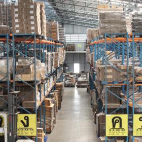 โรงงานผลิตกล่องไปรษณีย์ กล่องกระดาษลูกฟูก