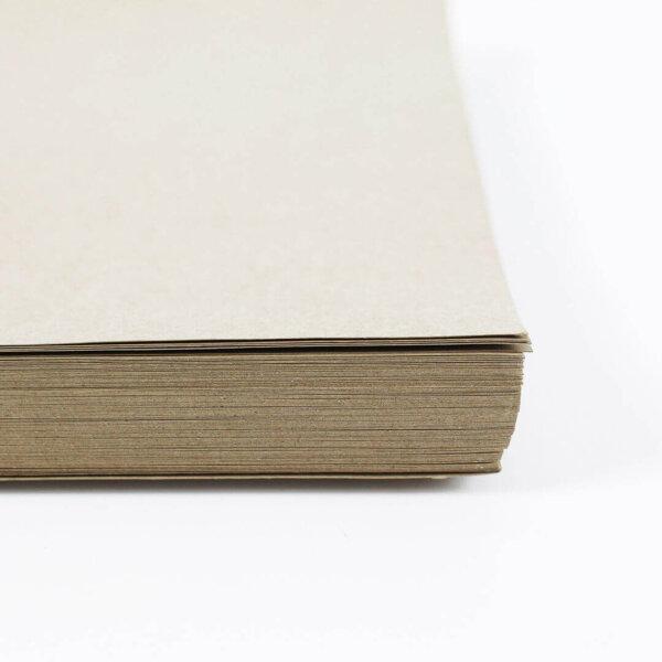 กระดาษคราฟท์สีครีม