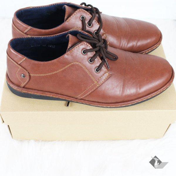 กล่องรองเท้าสีน้ำตาล No.3