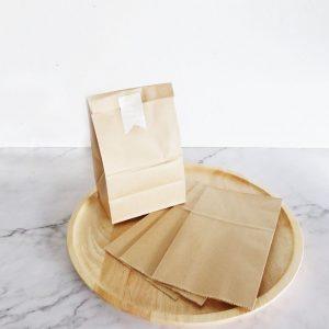 ถุงกระดาษคราฟท์ สีน้ำตาล XS ขนาด 9.5 x 6 x 16.5 cm